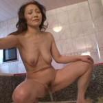 Japanese mature woman pee.