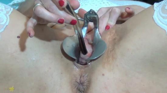 stretching urethra