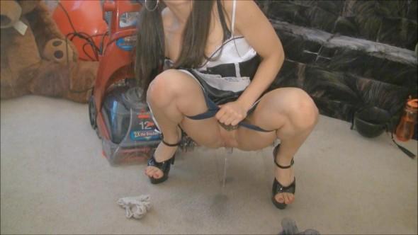 Girls piss on toilet floor for