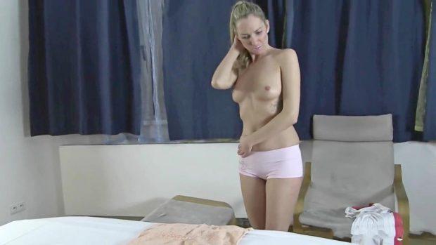 lulu-a-peculiar-masseur-0-02-08-495