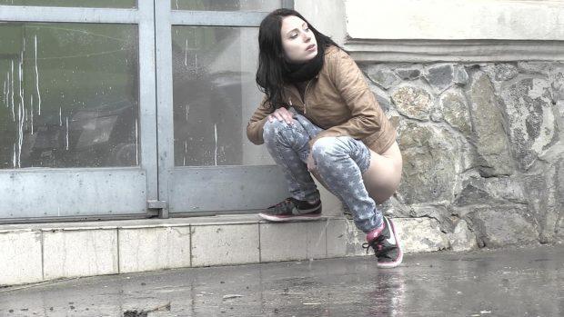 video-let-it-rain_1080p-0-00-42-444