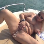 RosellaExtrem – Unique and daring public piss on a boat!