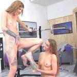 Alexis Crystal & Barbara Sweet – Can U Help Me?