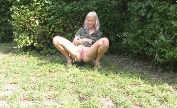 Squirt blondehexe Squirt porn