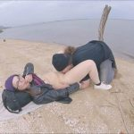 CHUCKYandTINYCHIC – Cute teen pissing on beach.