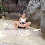 Missanja – 2 public beach peeing squirting scenes.