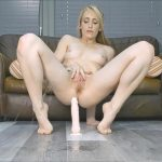 Sammie Cee – finger my pussy and peeing all over the floor and dildo.