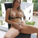 WetKelly – Huge squirt in the nail salon. Masturbating and let the neighbors watch me.
