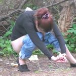 Russian natural feminine urination – voyeur in bushes